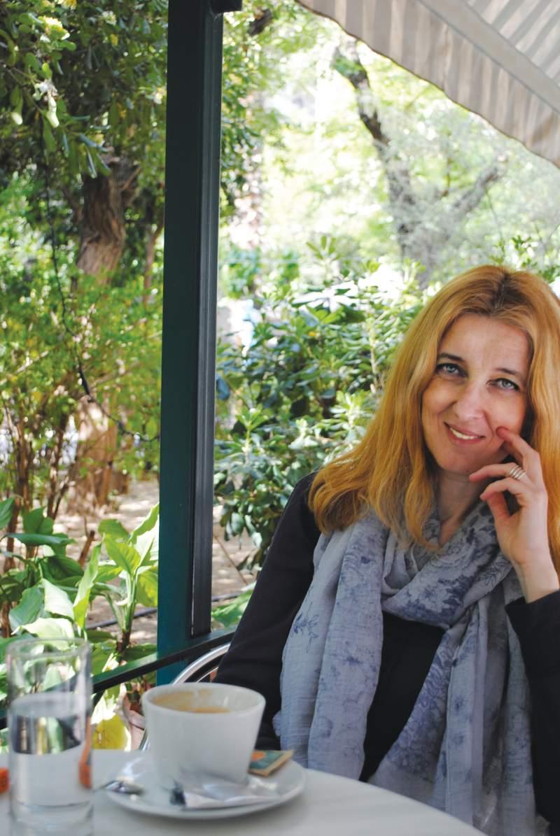 """Συνέντευξη: Ευγενία Μπογιάνου """"Η αγάπη δεν χρειάζεται κανένα σχήμα για να λειτουργήσει"""""""