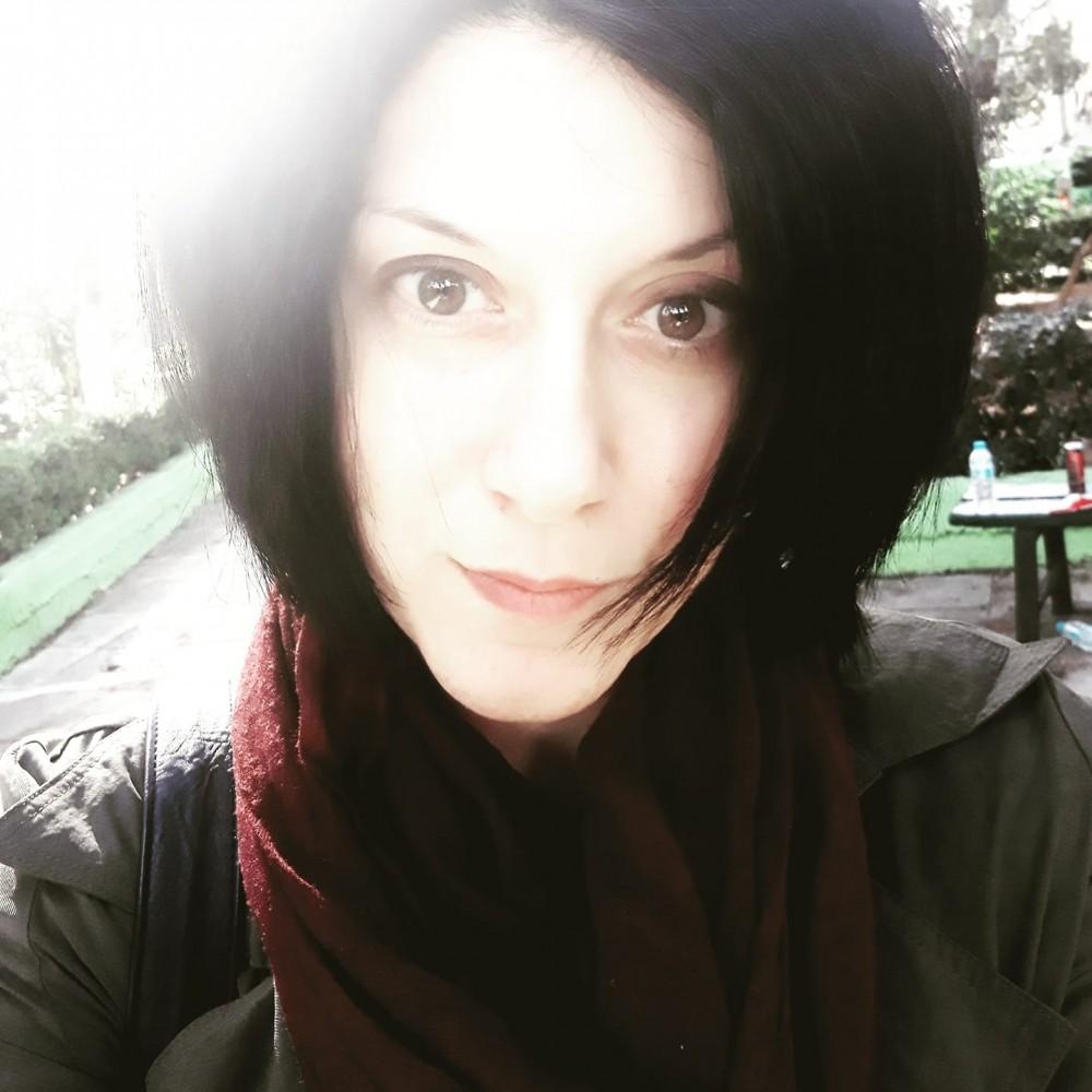"""Συνέντευξη: Μαρία Θ. Αρχιμανδρίτη """"Η ποίηση και ο αναγνώστης θα πρέπει να συναντηθούν κάπου στην μέση της διαδρομής"""""""