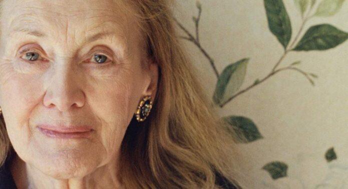 Τα εμβληματικά βιβλία της σπουδαίας συγγραφέα Annie Ernaux έρχονται από τις εκδόσεις Μεταίχμιο